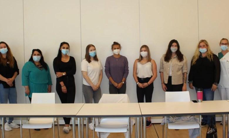 Bild von Ausbildungsstart für 6 Auszubildende an der Helios Mariahilf Klinik
