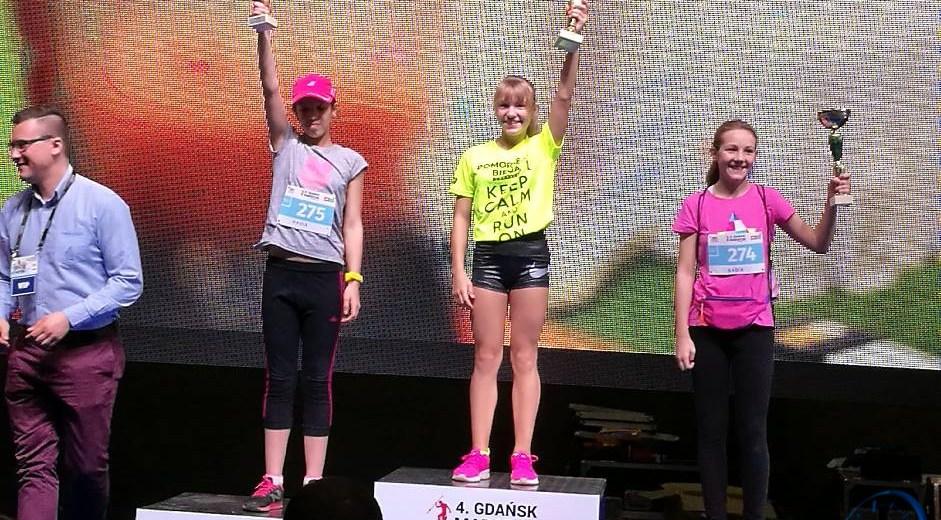 Julia i Daria Baran z MKL Szczecinek na podium w 4. Gdańsk Maratonie