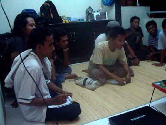 Dokumentasi presentasi awal akumassa di Mataram.