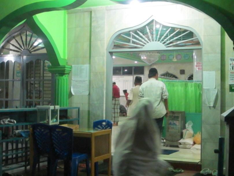 akumassa_zakat fitrah di masjid ar-rahim_02