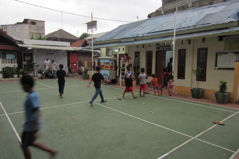 Lapangan Perintis, Paseban.