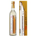 純金箔が光輝く、華やかな香りと気品ある味わいの純米酒です。税込1,815円
