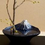 水を張ると現れるさかさ富士に心が安らぎ、自然と笑みがこぼれることでしょう。