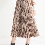 ふんわりガーリーに♪着回し力抜群のプリーツスカートが登場!¥2,680(税込)