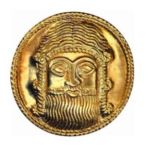 Նկ. 1. Վերին Նավերի IB արքայական դամբարան. արքա-առաջնորդի դիմաքանդակ  (Ք.ա. 16-15-րդ դարեր)