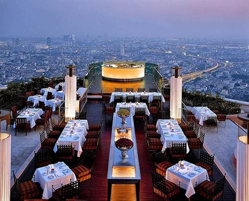 Skye Restoran Romantis di Jakarta