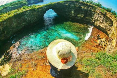 Broken Beach (image by nusa-penida.info)