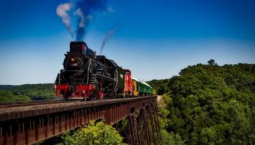 Tips Memesan Tiket Kereta dan Menyiapkan Perjalanan dengan Kereta Api