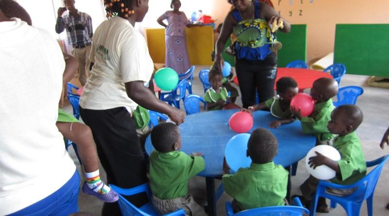 Indvielse af forskole i Akwamufie