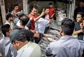 الأمن الايراني يهاجم سوقا احوازيا شعبيا ومصادرة البضائع