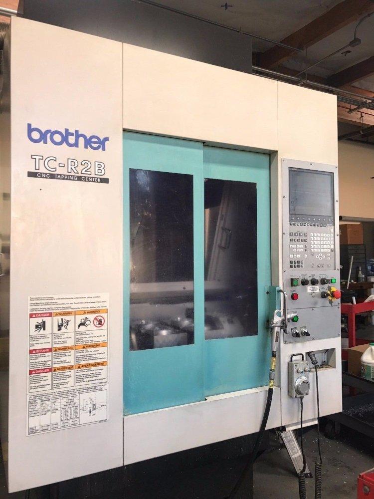 CONVOYEUR brother-tc-r2b-cnc-vertical-machining-center