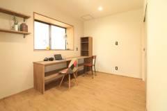 Housework room3