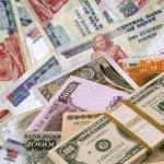 الدولار يقفز ويسجل مستوى قياسى جديد بالسوق السوداء المصرية