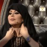 فيديو : حليمة بولند تقلد نضال الأحمدية.. وترتدي الحجاب