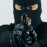 ملثمون يطلقون النار على مقر شرطة بالقطيف واستشهاد رجل أمن