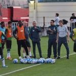 مدرب المنتخب يضع اتحاد الكرة السعودية في مأزق كبير!