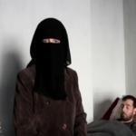 """بالفيديو: قصة معتقل سوري """"عذبه"""" النظام السوري.. استلمه أهله ميتًا.. وعند تغسيل الجثة كانت المفاجأة!"""