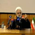 شاهد: المتحدث باسم القضاء الإيراني يصفر باللسان من دون أصابعه أمام طلاب جامعة في طهران!
