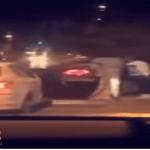 بالفيديو.. سطو مسلح على سائق وسرقة سيارته بالإكراه في شارع عام بالرياض