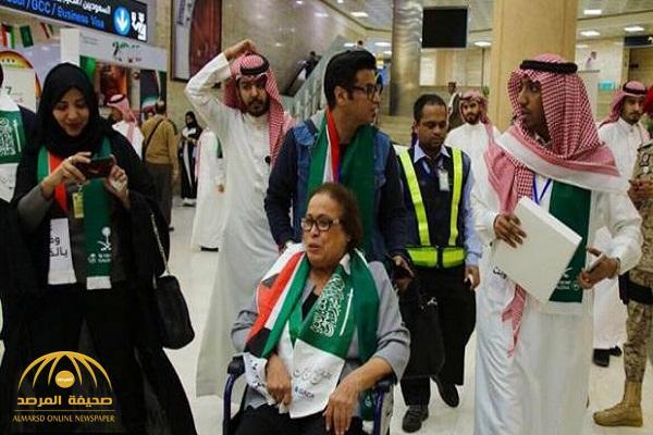 بالصور .. حياة الفهد على كرسي متحرك بمطار الملك خالد .. فما هو وضعها الصحي ؟