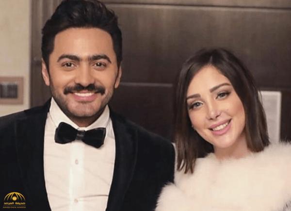 شاهد الفنان تامر حسني وزوجته المغربية في مكة!-صور