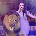"""تخاف من الصرصور وصديقها الأسد..  شاهد :  مروضة الحيوانات المفترسة المصرية """"أنوسة كوتة"""""""