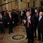 ترامب يترك اجتماع قادة الكونغرس ويغادر غاضباً .. ويكشف عن السبب في تغريدة