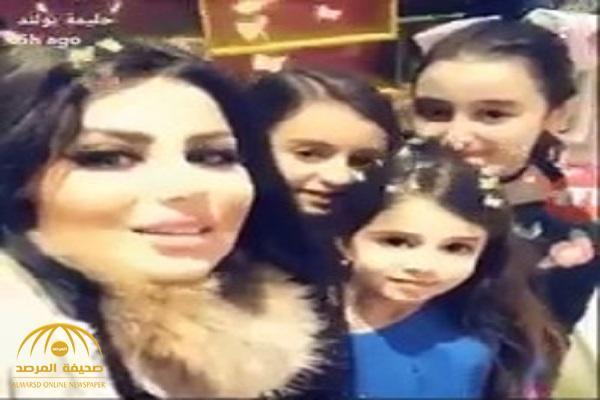 شاهد .. ردة فعل حليمة بولند بعدما أخبرها أطفال يريدون التقاط سيلفي معها أنهم إسرائيليون