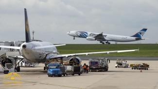 مصر تفرض رسوما على المسافرين عبر مطاراتها