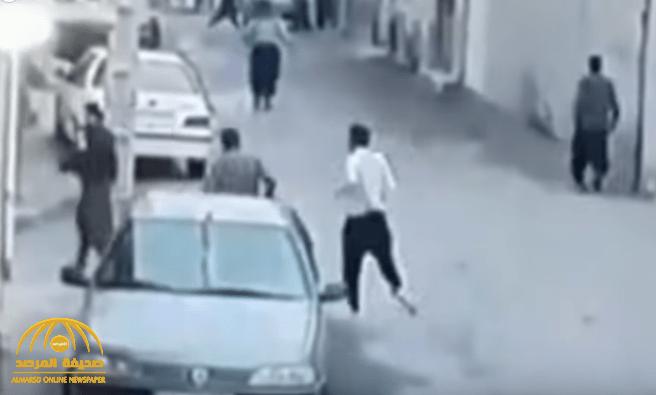 شاهد: هروب سجناء إيرانيون من داخل أحد السجون خوفا من كورونا