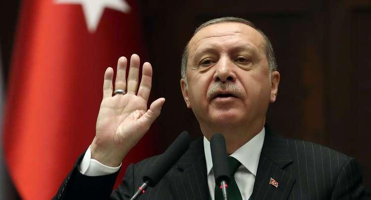 """أردوغان يشكر أمير قطر على دعمه عملية """"نبع السلام"""""""