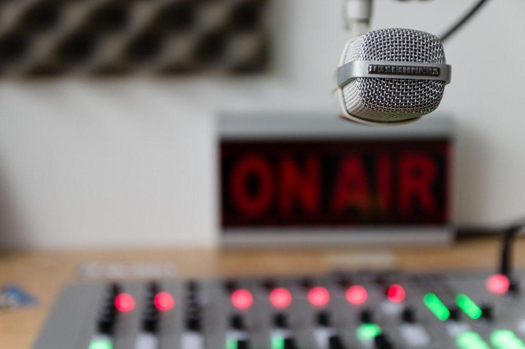 radio on air 音声配信