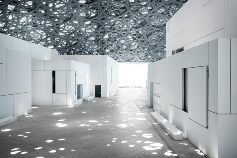 الضوء والظل في تصميم متحف اللوفر أبو ظبي على يد جان نوفيل
