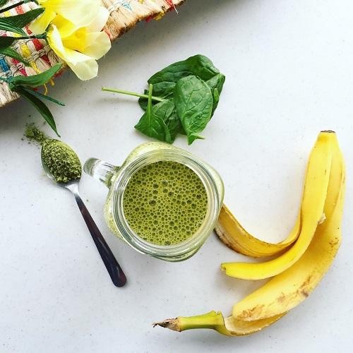 matcha green smoothie
