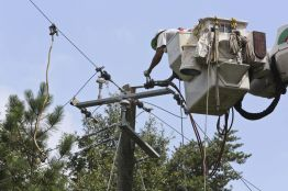 Alabama Power crews working to repair poles and cables at Sanders Road in Bluff Park in Hoover July 2015. (contributed)