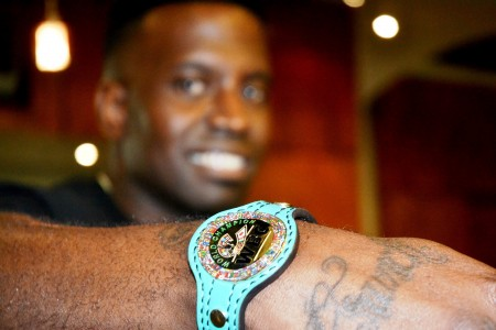 Demarius 'Cuz' Hill displays his 'championship belt' bracelet. (Solomon Crenshaw Jr./Alabama NewsCenter)