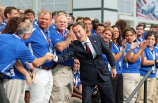 Fabrice Bregier, Airbus President and CEO, thanks Airbus emplyees at the conclusion of the grand opening ceremony of Airbus U.S. Manufacturing Facility on Monday, Sept. 14, 2015, in Mobile, Ala. (Mike Kittrell/Alabama NewsCenter)