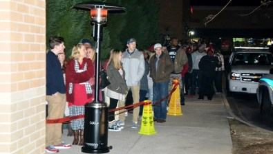 Fans wait in line outside of Academy Sports in Hoover. (Solomon Crenshaw Jr./Alabama NewsCenter)