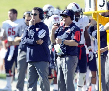 Joey Jones coaches his South Alabama Jaguars against the Georgia Southern Eagles last year. (Scott Donaldson/Icon Sportswire)