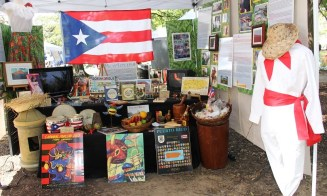The Fiesta festival in Birmingham's Linn Park celebrated the culture, food, music, art, styles and people of about 20 diverse Spanish-speaking countries. (Teresa Zúñiga Odom/Alabama NewsCenter)