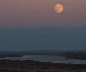 Moonrise over the Syr Darya river Baikonur, Kazakhstan. (Bill Ingalls/NASA)