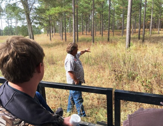 University of Montevallo students get a taste of the outdoors in Alabama's Black Belt as part of the President's Outdoor Scholars Program. (Brittany Faush-Johnson/Alabama NewsCenter)