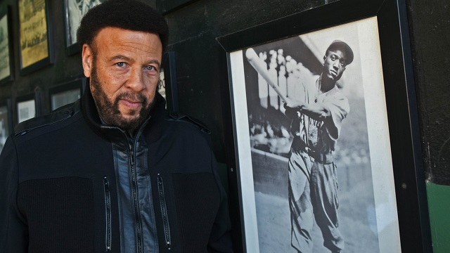 Son of Black Barons baseball great makes emotional visit to Birmingham