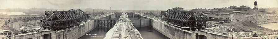 Gatun Locks, Panama Canal. (J. A. Stewart, Library of Congress Prints and Photographs Division)