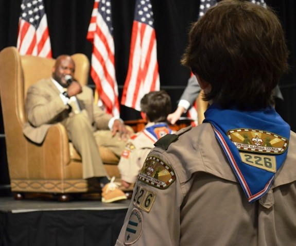 Shaquille O'Neal takes questions from Boy Scouts at the 2017 American Values Luncheon of the Greater Alabama Council of the Boy Scouts of America. (Michael Tomberlin / Alabama NewsCenter)