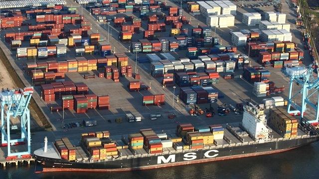 Walmart to invest $135M in Alabama import distribution center