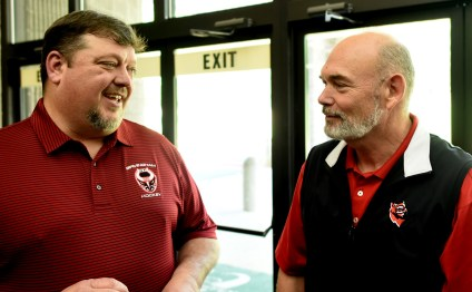 Joe Stroud, vice president and general manager of the Birmingham Bulls, chats with Huntsville Havoc owner Keith Jeffries. The Bulls will be the nearest rival of the Havoc when they begin play in the fall of 2017. (Solomon Crenshaw Jr. / Alabama NewsCenter)