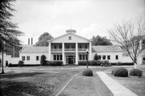 Front of the Administration Building, Mount Vernon Arsenal. (Photograph by E.W. Russell, 1935, Library of Congress Prints and Photographs Division)