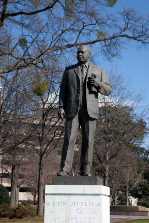 Statue of the Rev. Martin Luther King Jr. in Kelly Ingram Park, Birmingham. (The George F. Landegger Collection of Alabama Photographs in Carol M. Highsmith's America, Library of Congress, Prints and Photographs Division)