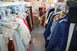Racks of clothing in Tuscaloosa's Grace Aberdean Habitat Alchemy. (Anne Kristoff / Alabama NewsCenter)